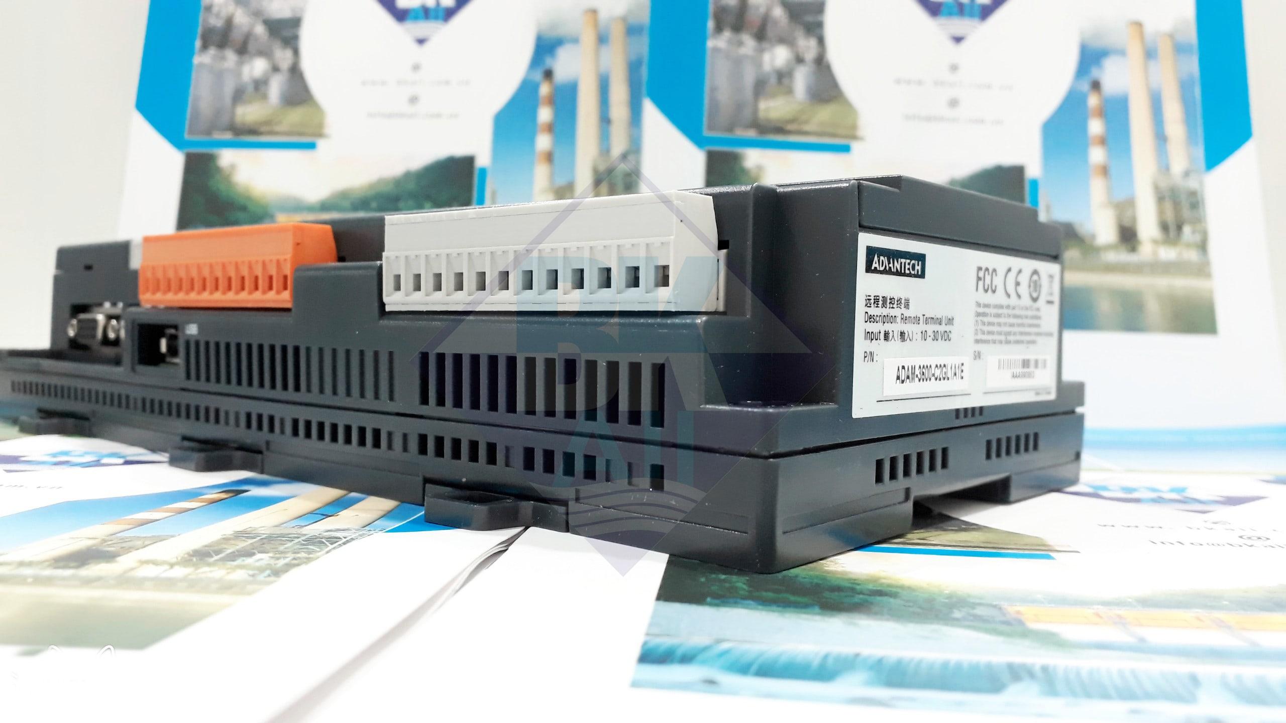 ADAM-3600: 8AI/8DI/4DO/ 4-Slot Expansion Wireless Intelligent RTU